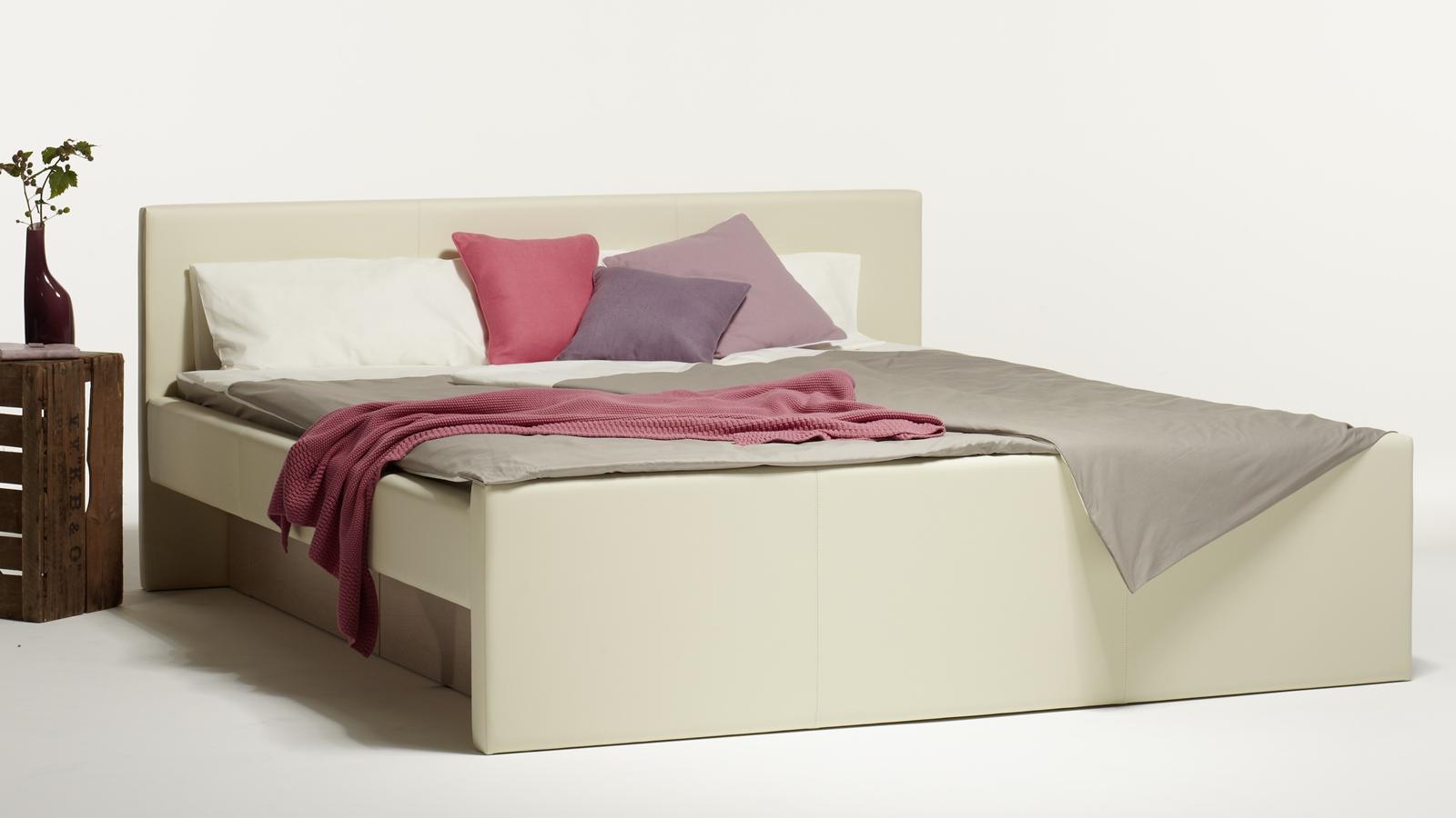 Lyra Wasserbett – Akva – Schlafzimmer und Bettenhaus Körner + Co ...
